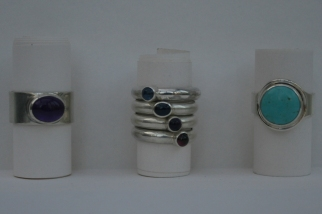 Cabochon ring selection